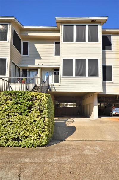 Seabrook Condo/Townhouse For Sale: 2013 Glencove Drive