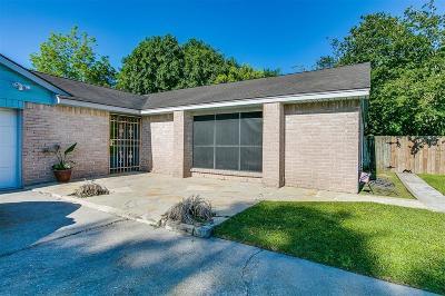 Houston TX Single Family Home For Sale: $139,456