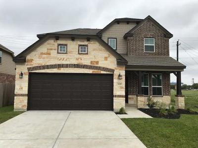 Baytown Single Family Home For Sale: 3419 Falling Brook Drive