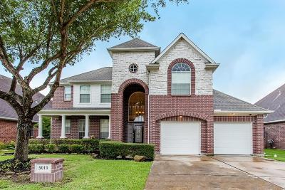 Sugar Land Single Family Home For Sale: 5019 Weatherstone Circle