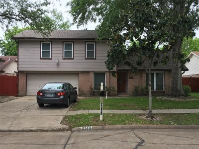 Stafford, Stafford Texas Single Family Home For Sale: 2510 Maple Tree Court