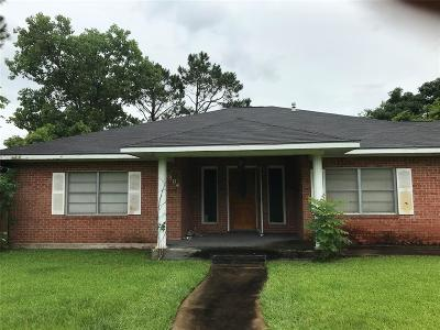 Bay City TX Single Family Home For Sale: $119,990