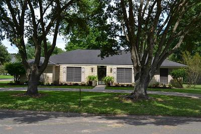 Liberty Single Family Home For Sale: 5012 Lakeside Drive