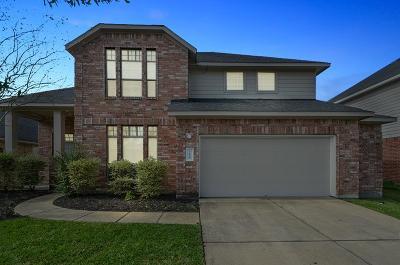 Rosenberg Single Family Home For Sale: 7530 Crescent Lake Court