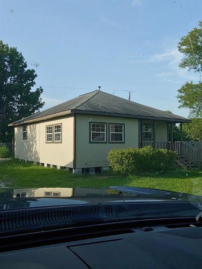 Baytown Single Family Home For Sale: 1410 Edison Street