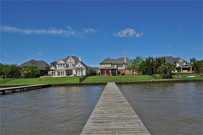 Lakeshore, Lakeshore Pt Sec 08 Rep 01, Lakeshore Sec 01, Lakeshore Sec 04, Lakeshore Sec 05, Lakeshore Sec 06, Lakeshore Sec 08, Lakeshore Sec 1, Lakeshore Sec 12, Lakeshore Sec 14 Amd, Lakeshore Sec 2, Lakeshore Sec 5, Lakeshore Sec 9 Single Family Home For Sale: 13726 Elm Shores Dr Drive