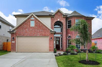 Seabrook Single Family Home For Sale: 1441 Lake Mija Court