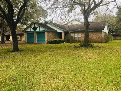 Alvin Single Family Home For Sale: 110 W Wildwinn Drive