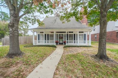 Willis Single Family Home For Sale: 6898 Stillwater Drive