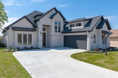 Montgomery County Single Family Home Pending: 101 Monterrey Road E