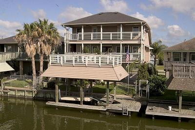 Bayou Vista Single Family Home For Sale: 74 Tarpon Street