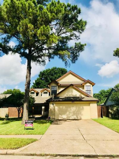 Houston Single Family Home For Sale: 4931 Shadowdale Drive
