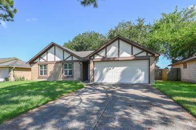 League City Single Family Home For Sale: 2812 Jeb Stuart Drive