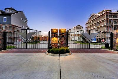 Houston Condo/Townhouse For Sale: 2641 Fountain Key Boulevard