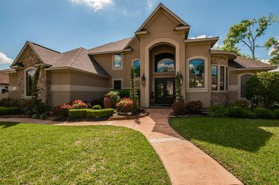 Kingwood Single Family Home For Sale: 6106 S Royal Point Drive