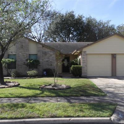 Humble TX Single Family Home For Sale: $154,900