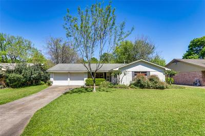 Houston Single Family Home For Sale: 9542 Meadowbriar Lane
