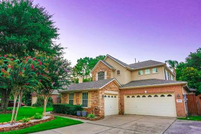 Houston Single Family Home For Sale: 10214 Russet Field Court