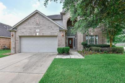 Pearland Single Family Home For Sale: 8818 Sun Haven