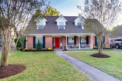 Conroe Single Family Home For Sale: 631 S Rivershire Drive