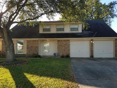 Pasadena Single Family Home For Sale: 3614 Sweetbriar Drive