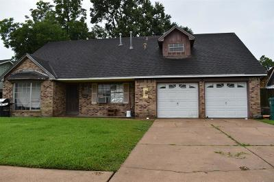 Harris County Single Family Home For Sale: 2604 Esther Avenue