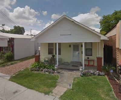 Single Family Home For Sale: 4519 N Main Street