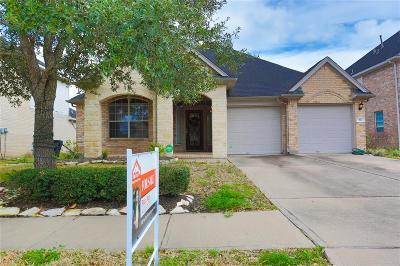 Manvel Single Family Home For Sale: 58 Atascadero Drive