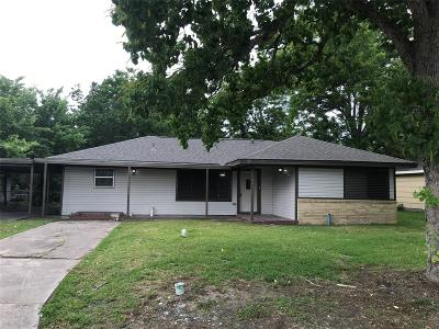 Hitchcock Single Family Home For Sale: 302 Highland Drive