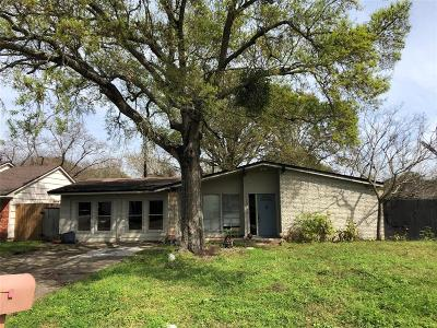 La Porte Single Family Home For Sale: 3911 Tarpon Lane