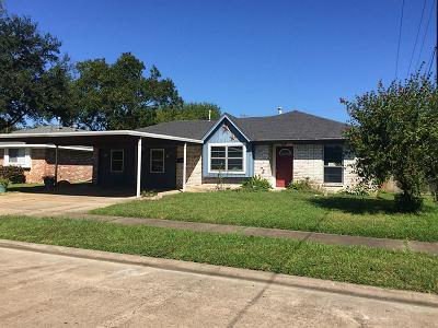 Deer Park Single Family Home For Sale: 1106 E Columbia Lane