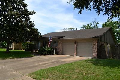 Deer Park Single Family Home For Sale: 914 Alyse