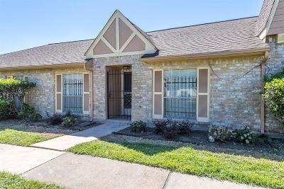 Houston Condo/Townhouse For Sale: 7219 Cook Road