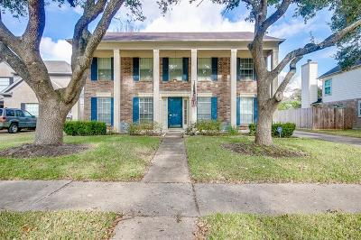 League City Single Family Home For Sale: 2102 Bennigan Street