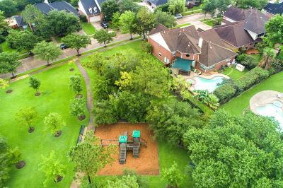 Pasadena Single Family Home For Sale: 4718 Pine Heather Court