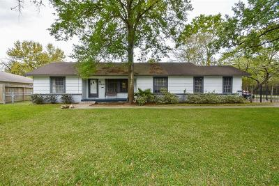 Houston Single Family Home For Sale: 4402 Brookwoods Drive