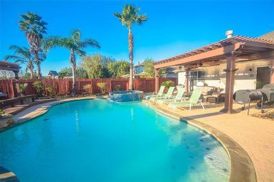 League City TX Single Family Home For Sale: $259,000