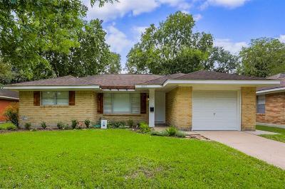 Houston Single Family Home For Sale: 4421 Nina Lee Lane