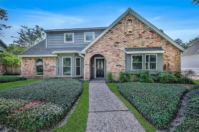 Seabrook Single Family Home For Sale: 910 Forest Lake Drive