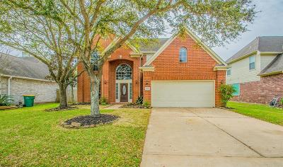 Pearland Single Family Home For Sale: 6504 E Bending Oaks Lane