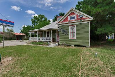 Farm & Ranch For Sale: 819 E Main Street