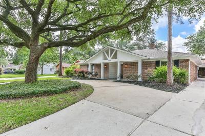 Galveston County, Harris County Single Family Home For Sale: 14103 Woodthorpe Lane