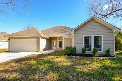 Willis Single Family Home For Sale: 15220 Paradise View Dr
