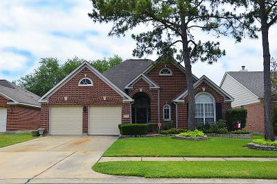 Single Family Home For Sale: 15122 Red Cedar Bluff