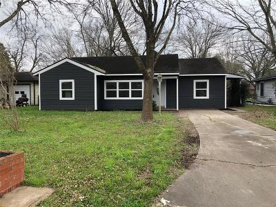 Angleton Single Family Home For Sale: 1228 San Felipe Street