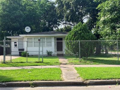 Houston TX Single Family Home For Sale: $115,000