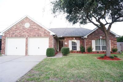 La Porte Single Family Home For Sale: 3815 Ashwood Circle