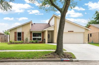 Pearland Single Family Home For Sale: 2931 Helmsley Drive