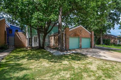 Houston Single Family Home For Sale: 1502 Sandy Runn