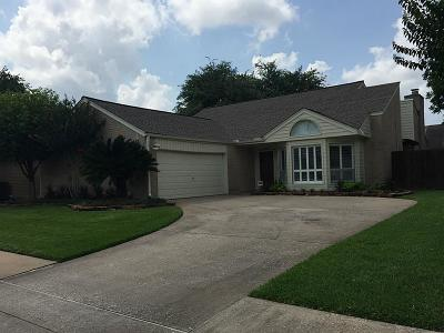 Houston Single Family Home For Sale: 1815 Round Lake Drive